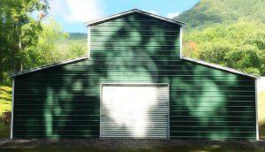 raised-center-aisle-carolina-barn